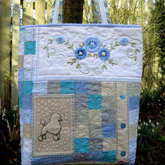 The Ultimate Doggy Bag. by HobbsHillQuilts on Etsy https://www.etsy.com/listing/224184776/the-ultimate-doggy-bag