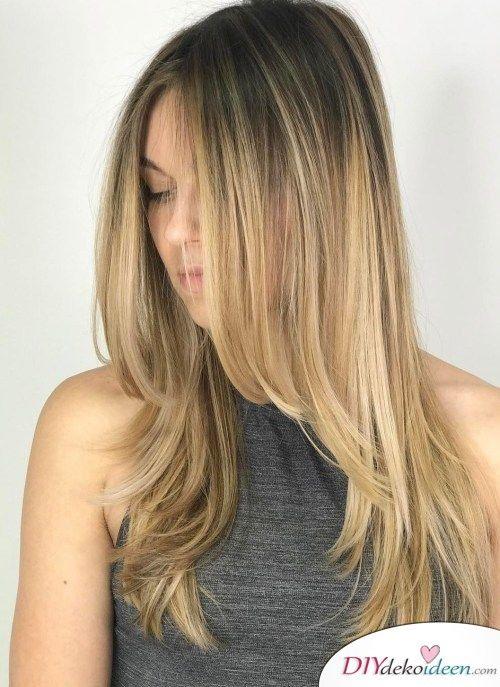 Die 30 Schonsten Frisuren Fur Lange Haare 30 Tolle Langhaarfrisuren In 2020 Haarschnitt Frisuren Haarschnitte Stufenschnitt Lange Haare