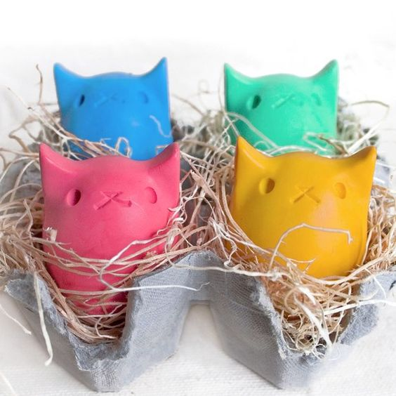 Pick your own Kitty Egg Crayons (instead of candy). 4 Colors by kittybblove on Etsy