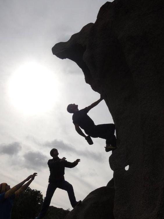 #sardiniabloc #wind #rock #climbing #boulder