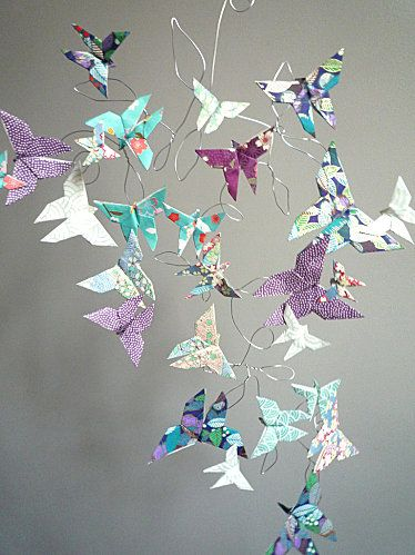guirlande papillons craft pinterest origami mobiles. Black Bedroom Furniture Sets. Home Design Ideas