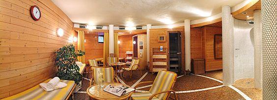 Genießen Sie nach einem aktiven Skitag im Skigebiet Dorfgastein - Großarl oder nach einer erlebnisreichen Wandertour in den Gasteiner Bergen die gemütliche Sauna oder relaxen Sie im wärmenden Dampfbad.