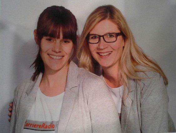 Heute waren wir von KarriereRadio.FM auf der Ausbildungsmesse http://www.einstieg.com/messen/berufe-live-rheinland.html in Düsseldorf und machen jetzt eine schöne Sendung aus den O-Tönen. Morgen könnt Ihr übrigens auch nochmal dorthin. 28. + 29.11. 2015 — hier: Messe Düsseldorf GmbH.