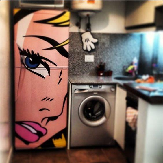 #inspiração #decoração Geladeira adesivada Retrô!: