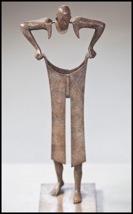 forma es vacío, vacío es forma: Jean Louis Corby - escultura, bronce: