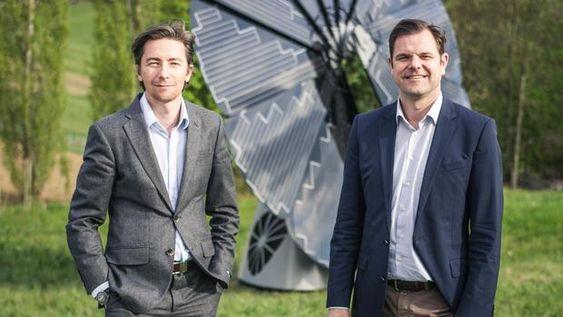 Alexander Swatek und Michael Offermanns sind die Geschäftsführer von Smartflower. (Foto: smartflower energy technology GmbH)
