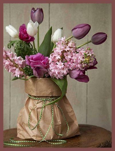 flowery. centerpiece.