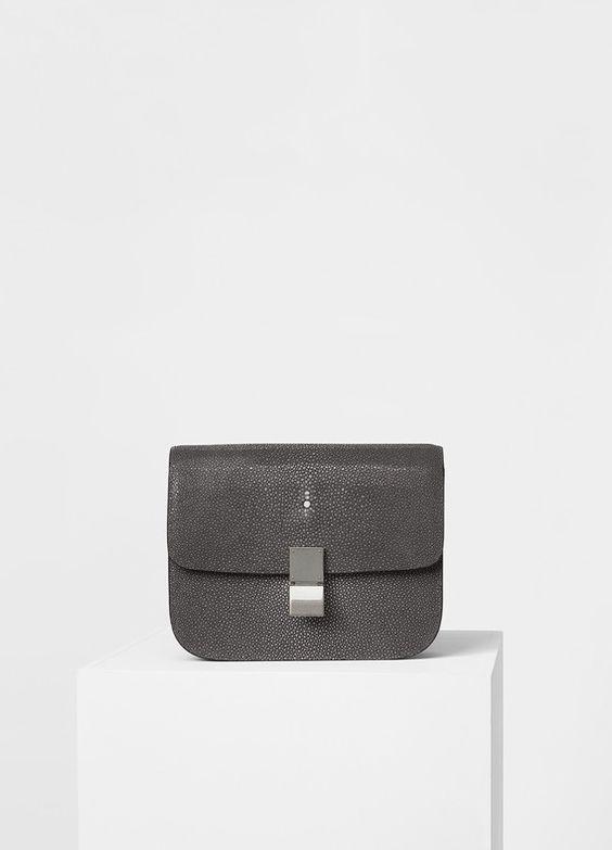 Medium Classic Shoulder Bag in Shagreen - Céline