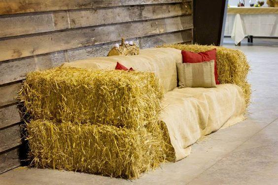 Hay Bale Couch Farrar Hill Farms Www Farrarhillfarms Com