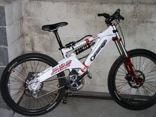 Old School DH bikes