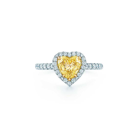 Heart-Shaped Engagement Rings That Are Perfect For Valentines Day