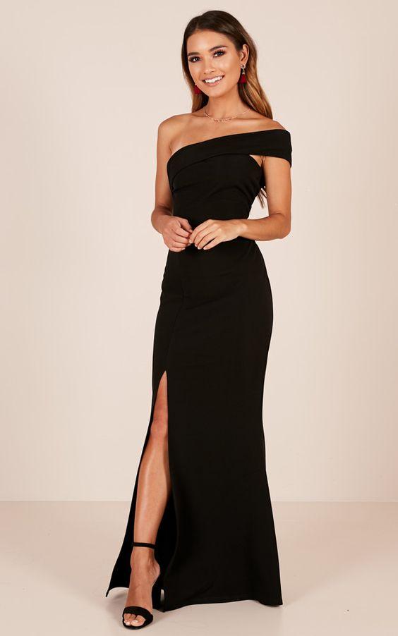 Vestido de formatura preto um ombro