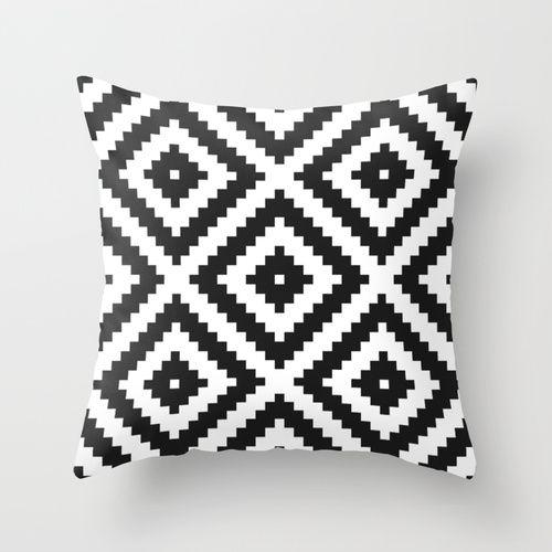 kuku series 21 Throw Pillow
