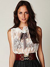 Lacy top with wide belt