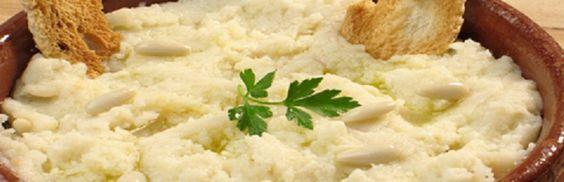 Receta para preparar un delicioso ajoarriero manchego, un exquisito plato tradicional.