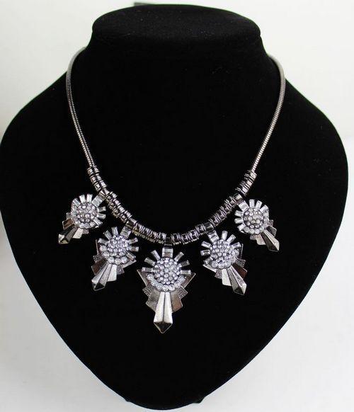 Short retro diamond necklace,shop cheap fashion jewelry at www.favorwe.com