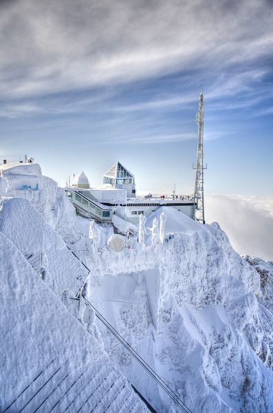 The Zugspitze, the 'top of Germany' ~ one is the highest mountains in the country, and from where it's possible to see Germany, Austria, Switzerland and Italy.
