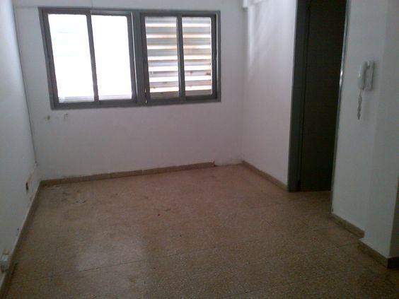 2do piso por escalera. living comedor, cocina con lavadero, baño 3 ...
