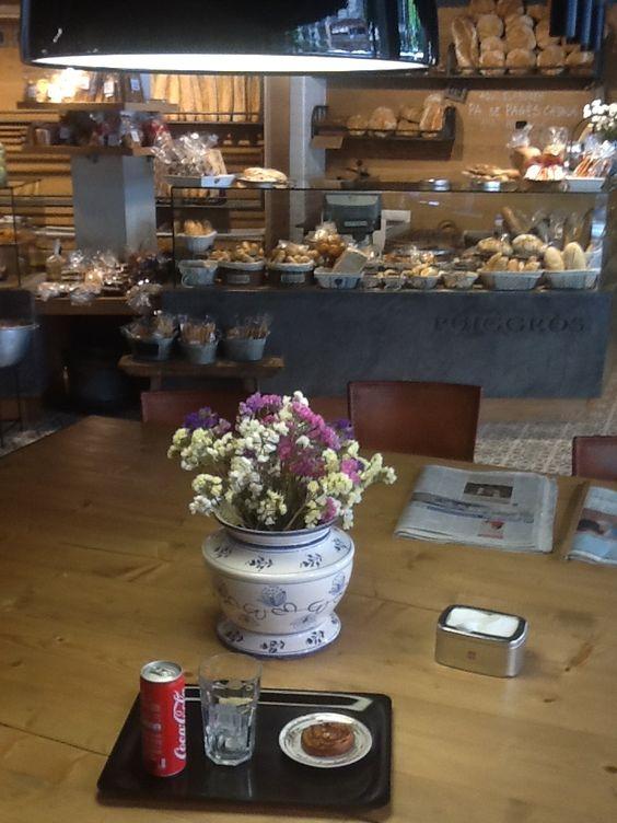 mi spot donde trabajaba en Barcelona, un cafe, panadería y rest. lo extraño!