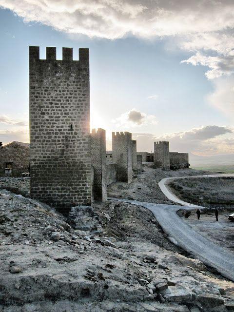 . El Cerco de Artajona - Navarra  Spain