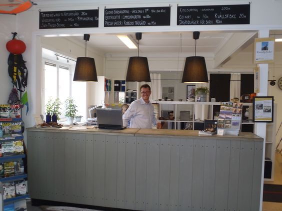 The staff gets lots of cred in our guest reviews, at the recption of www.visbyvandrarhem.se.