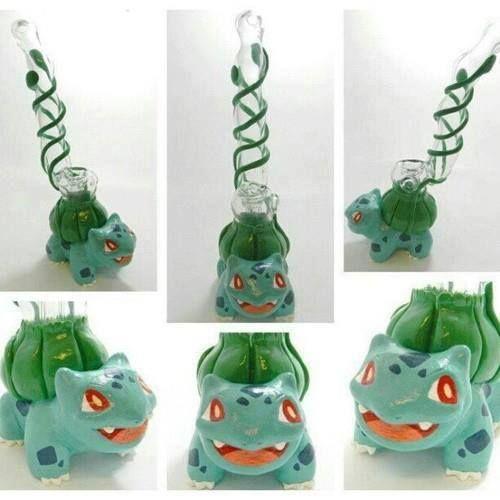 I want!!! stoner pokemon bulbasaur bong so cool :)