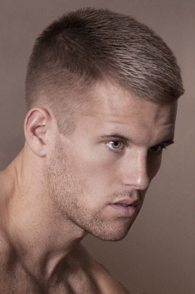 Short Hairstyles For Men With Straight Hair 94