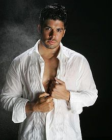 Jerry  Rivera is a Grammy Award and Latin Grammy Award-nominated Puerto Rican salsa singer.