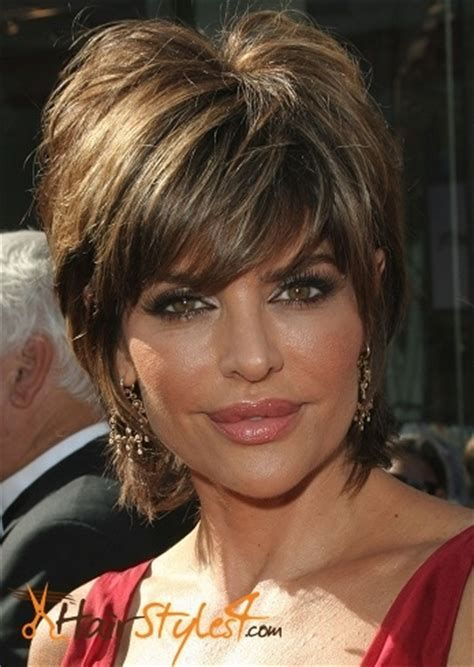 Image Result For Lisa Rinna Short Hairstyles Back View Stacked Bob Short Thin Hair Thick Hair Styles Short Hair Styles