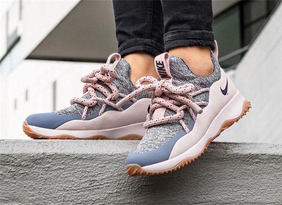 Nike City Loop Aa1097 600 Nike Nikewoman Cityloop Outfits Like4like Stylish Shoes Workout Shoes Shoes