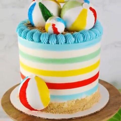 Striped Ball Beach Cake In 2020 Beach Cakes Beach Birthday Cake