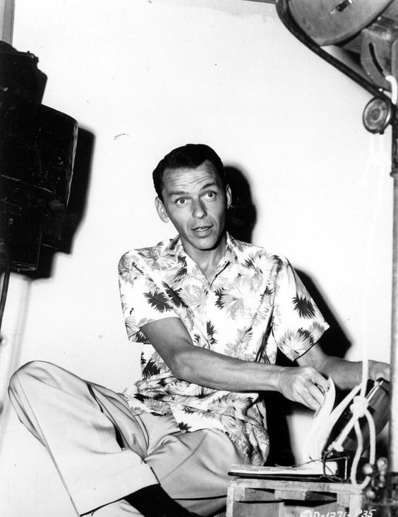 """Frank Sinatra on the set of """"From Here to Eternity"""" 1953"""