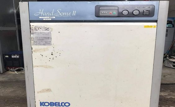 máy nén khí trục vít Kobelco cũ