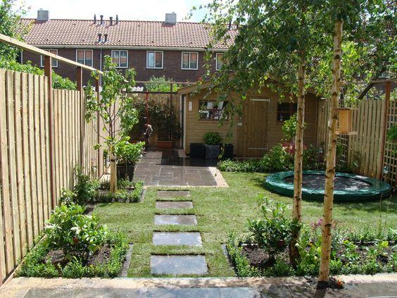 Een trampoline die wordt ingegraven met een etan inbouwkit for Gartengestaltung trampolin