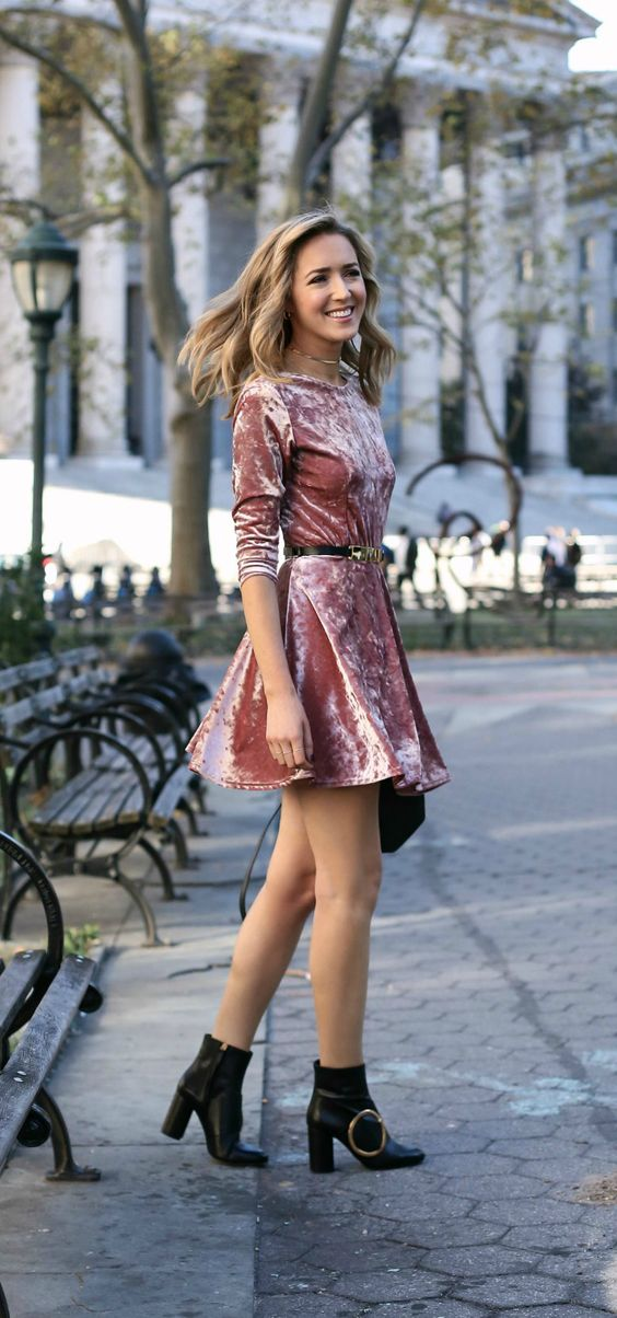 Crushed velvet dresses make for such a cute outfit!