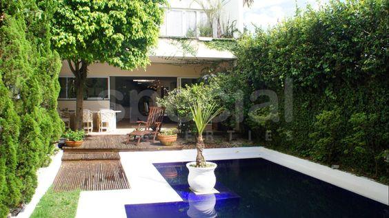 Um oásis no meio do Jardim Europa | Special Properties | Espaço gourmet, gazebo, jardim, pisicna, jardim de inverno, sollarium, sauna, sistema de segurança | 3 suítes | 480m² de área útil | 400m² de terreno | 2 vagas | Valor de venda: R$ 6.000.000,00 | IPTU: R$ 1.000,00
