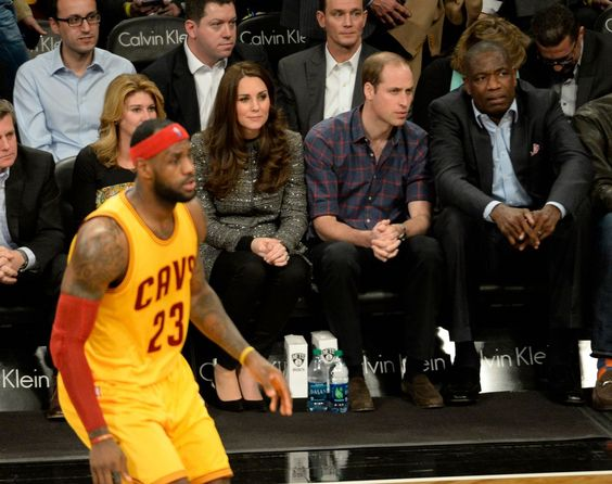 William et Catherine ont assisté dans la soirée à un match de NBA, qui soutient United For Wildife. December 8, 2014