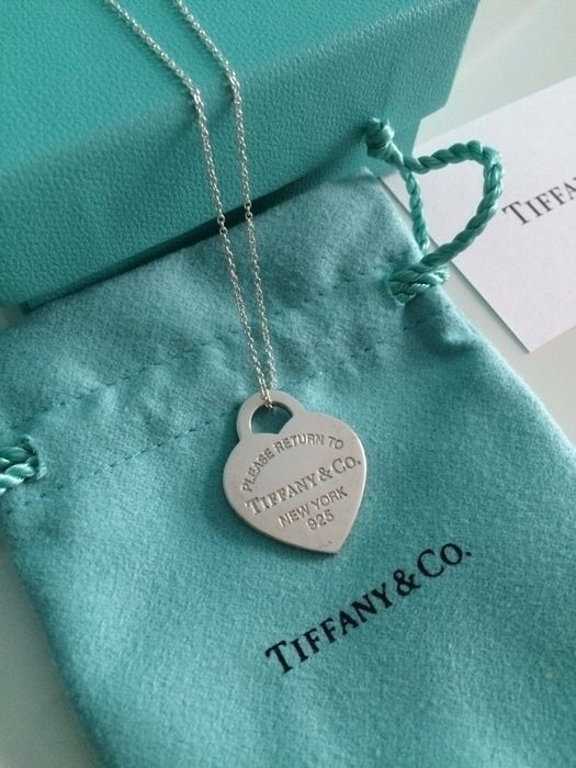 Return to Tiffany Kette mit Herz Anhänger Medium Neu Tiffany & Co. Kette Silber Neu