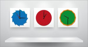 Imaginer, réaliser et utiliser des horloges inspirées du matériel Montessori.  Imagine, create and make use of clocks inspired by the Montessori material.