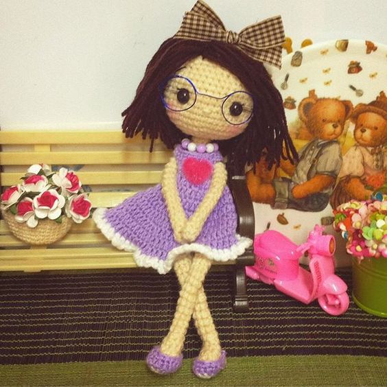Amigurumi Glasses : Amigurumi doll, Amigurumi and Dolls on Pinterest