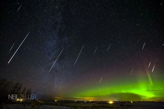 Aurora with meteor shower❤