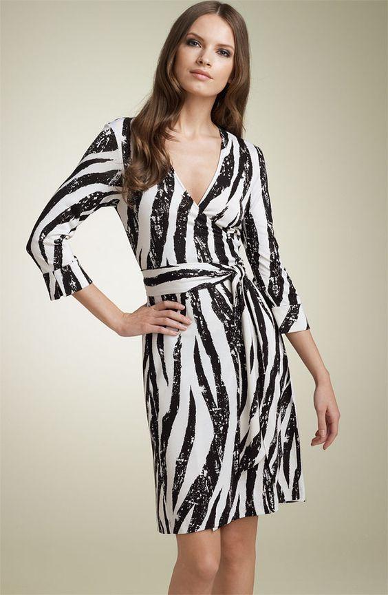 Robe noir et blanche new look