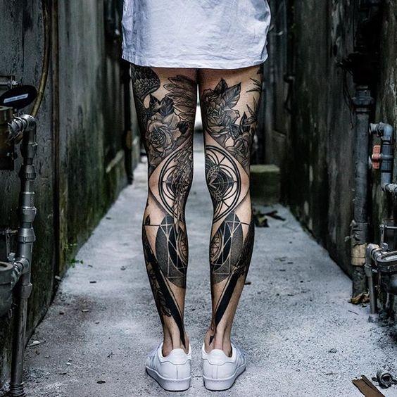 Leg tattoos by @mxmttt