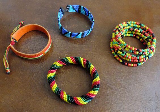 Maasai bracelets handmade from Tanzania de la boutique DLVjewells sur Etsy