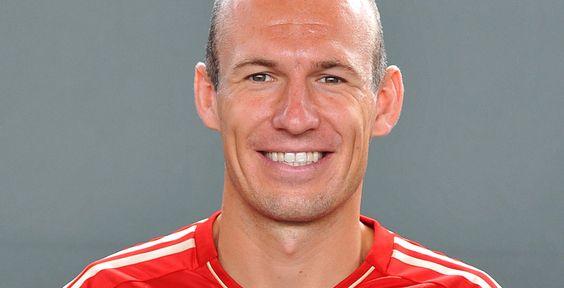 FC Bayern steht im Halbfinale - Der FC Bayern München hat Borussia Dortmund mit…