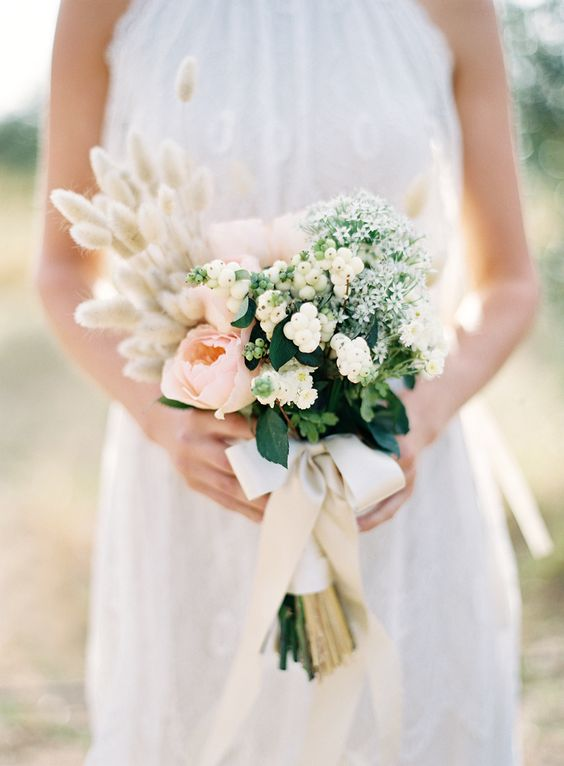 Organic wedding bouquet ,Organic wedding inspiration | i take you - wedding ideas: