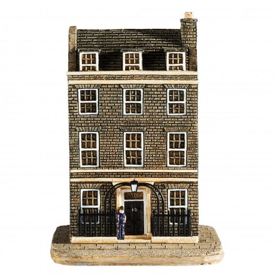 Lilliput Lane No10 Downing Street Amazon Co Uk Kitchen Home Street 10 Things Tiny Treasures