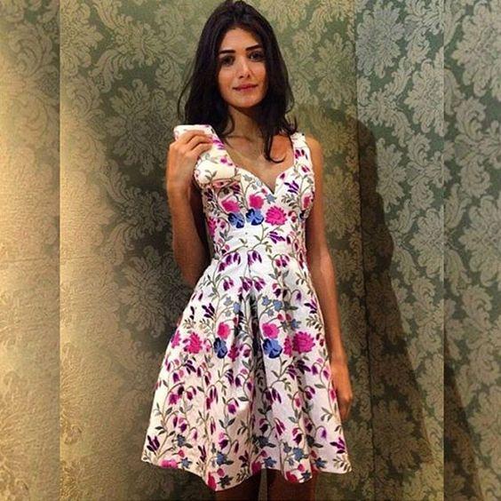 Lovely dress para inspirar o nosso domingo!    #emporiumlolithà #dress #party #summerseason #verãololithà
