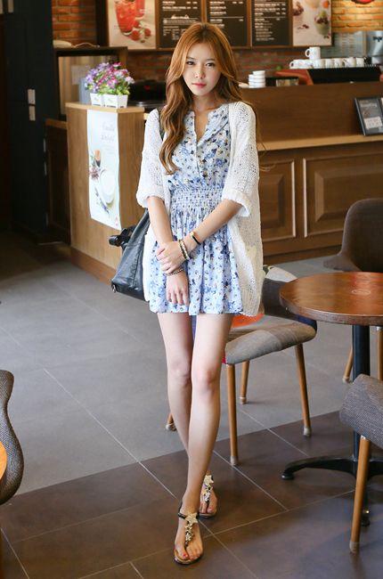 pale skin short summer dress flat sandals classy style  Style ...