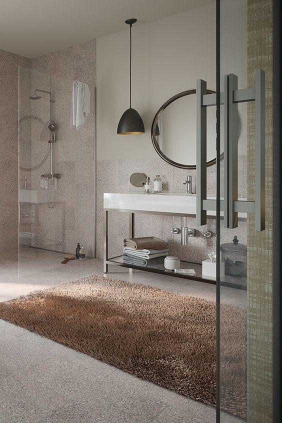 Ein Stilvolles Badezimmer Mit Gemutlichem Teppich Und Moderner